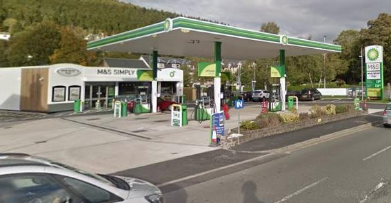Arrest warrant issued for alleged Peebles petrol thief