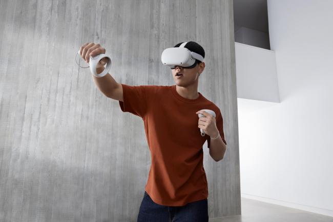 Facebook announces the Oculus Quest 2 VR headset