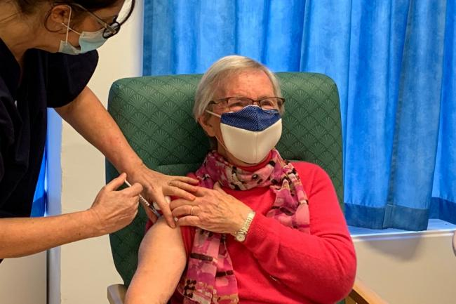 Peebles resident Beryl Seal, 89, receiving her coronavirus vaccine at Hay Lodge Health Centre. Photo: NHS Borders