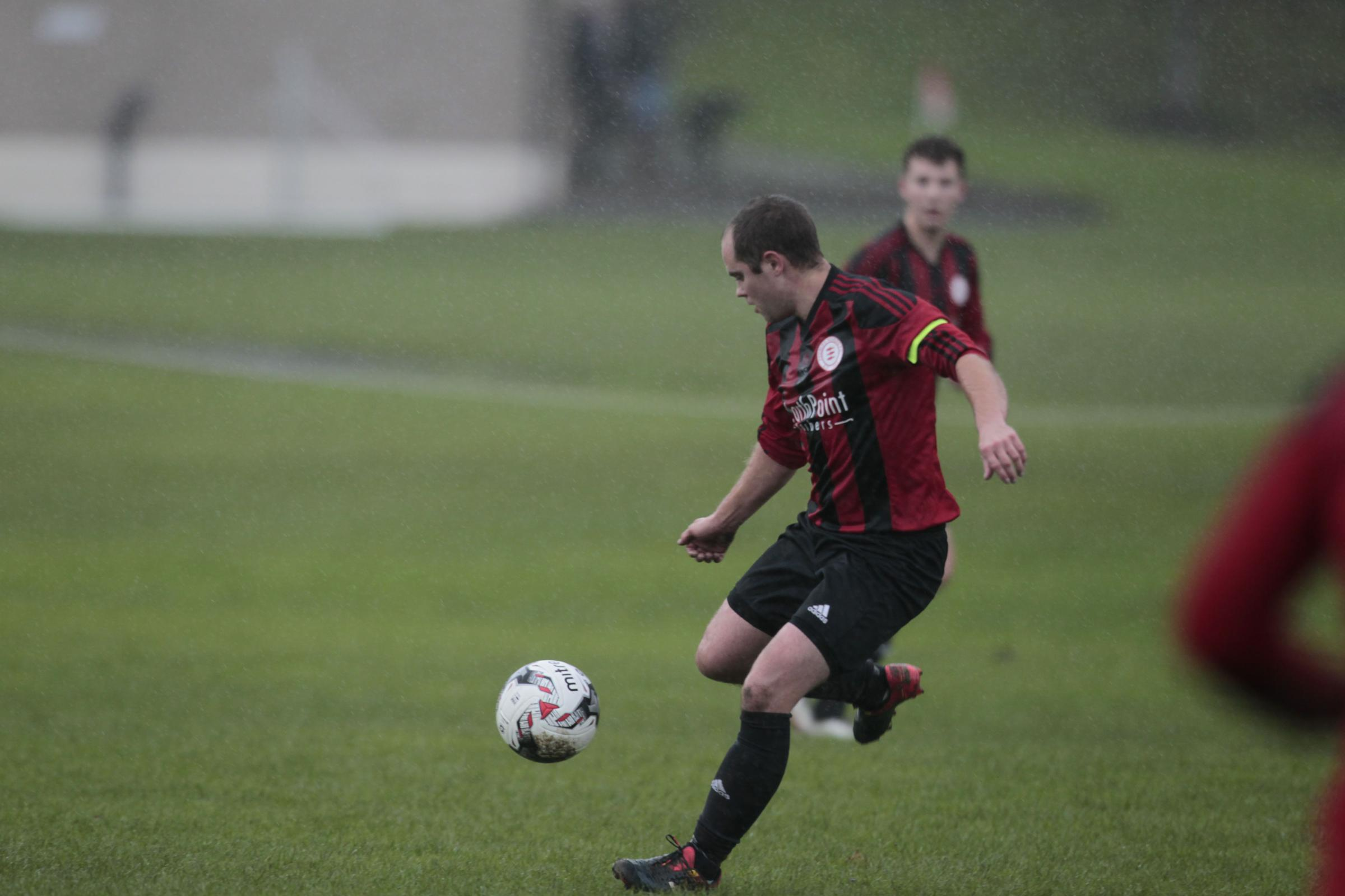 Alan McMath in action for Peebles Rovers