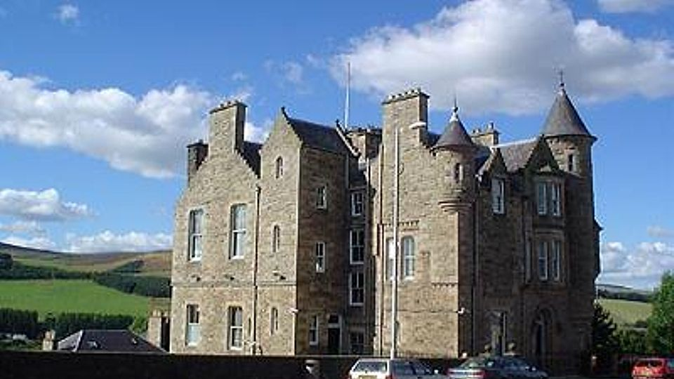 Man jailed after assaulting his partner and mother in Peebles