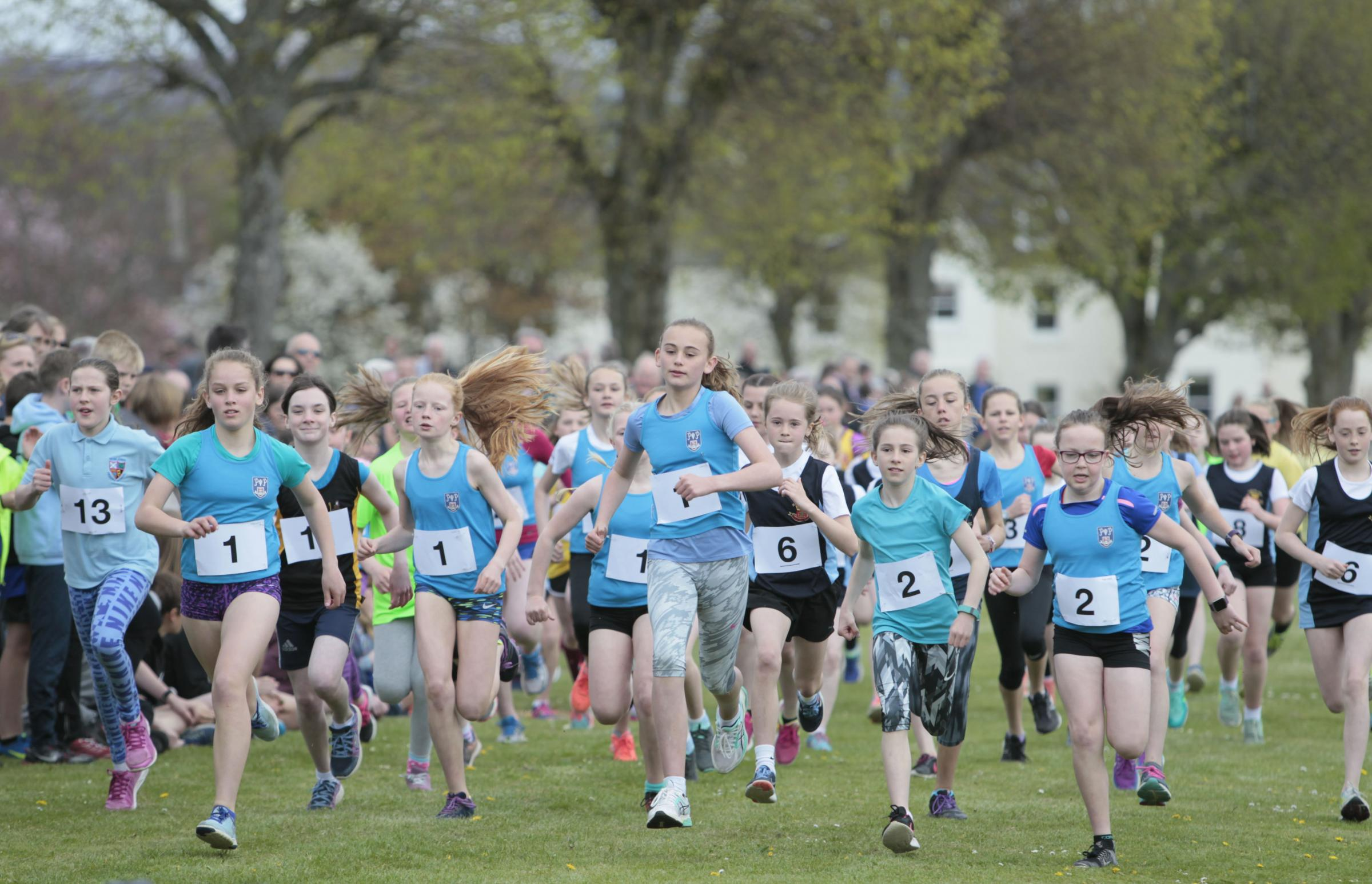 Last year's primary schools girls race. Photos: Helen Barrington