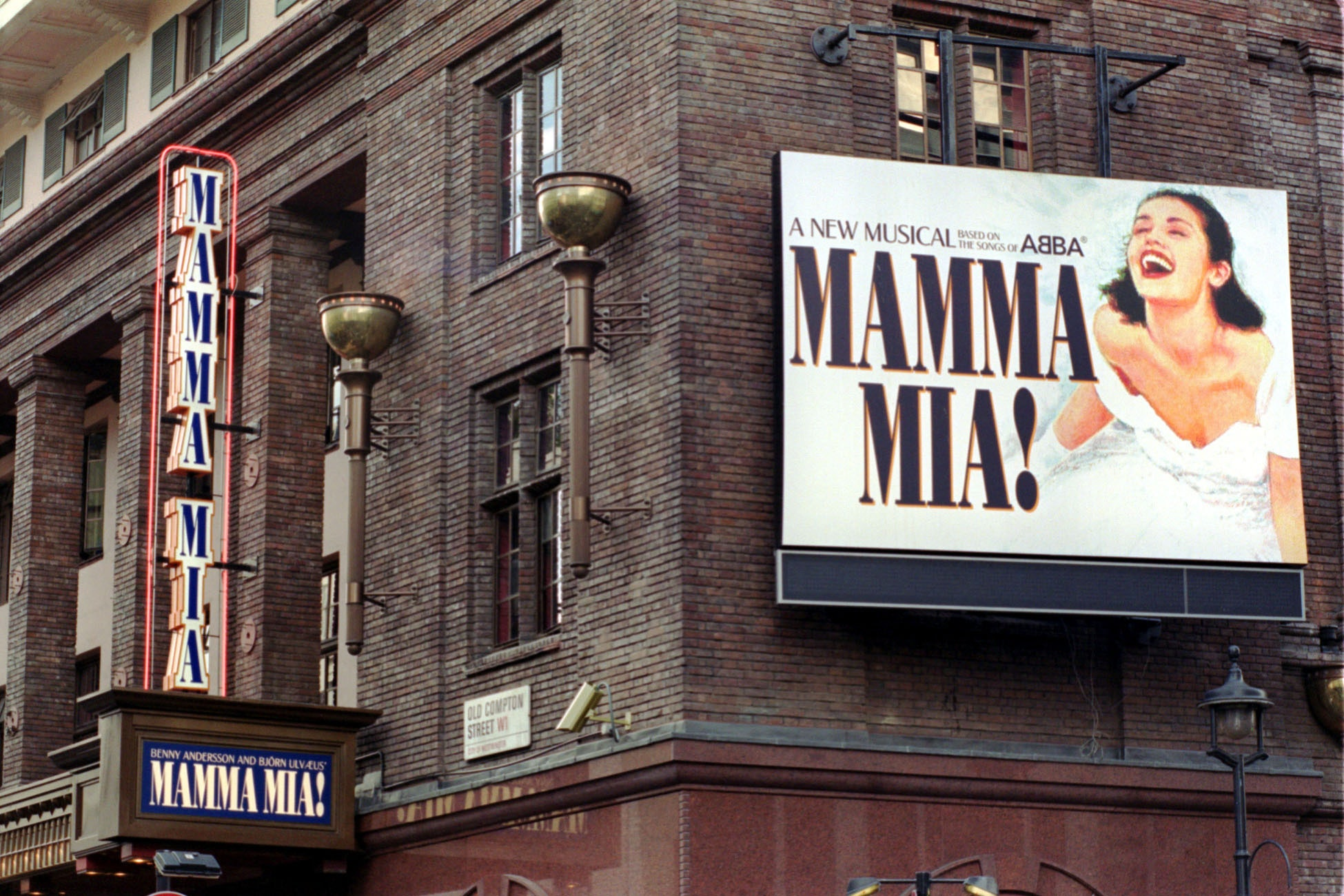 Musical theatre alliance founded to boost funding and diversity in West End