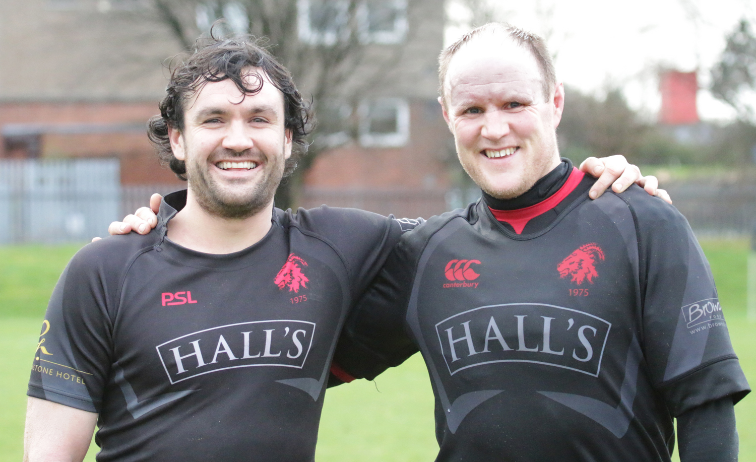Alan Warnock and Conor Lavery both became dads for the first time last week - and both scored tries on Saturday. Photo: Nigel Pacey